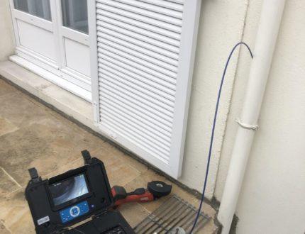 inspecter les canalisations avec une caméra